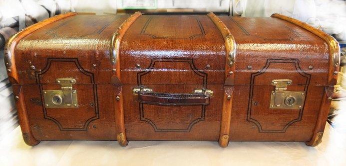 Schusterstube zeman feint schner reparatur an taschen und koffern - Alte koffer dekorieren ...